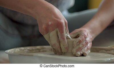 garncarstwo, ceramics., praca, glina, wheel., kobieta, ...