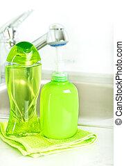 garrafa plástico, com, líquido, sabonetes, em, banheiro