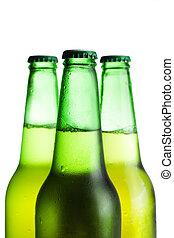 garrafas, sobre, três, isolado, cerveja, verde branco