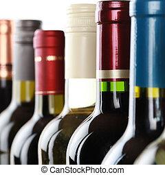 garrafas vinho, uma fileira