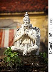garuda, statua