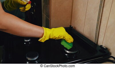 gas plate cleaning - cleaning gas stove dark brown