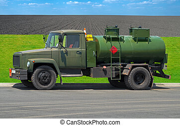 Gasoline tanker - Bowser farmer remade from the conversion...