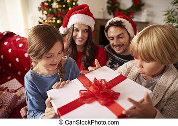 gastando, lar, natal, família