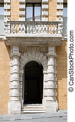 gate in Siena