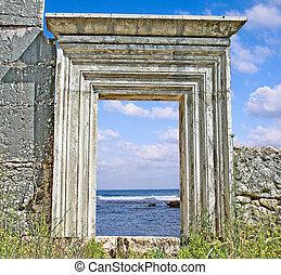 Gate to sea shore