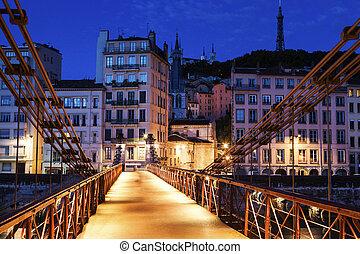 Gateway Courthouse footbridge in Lyon