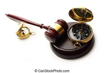 gavel bois, juge, compas