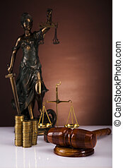 gavel, justitie, muntjes, dame
