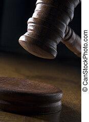 gavel, pokój sędziów