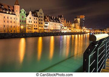 gdansk, à noite