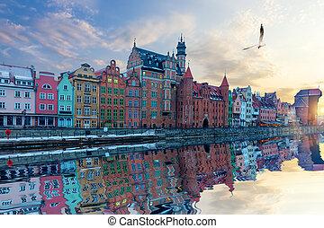 gdansk, riverside, vista, bonito, cidade velha, fachadas, e,...