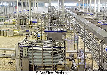 geautomatiseerd, productielijn, in, moderne, melkinrichting,...