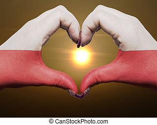 gebärde, gemacht, per, polen markierungsfahne, gefärbt, hände, ausstellung, symbol, von, herz, und, liebe, während, sonnenaufgang