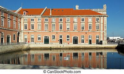 Lissabon Fluss gebäude fluß lissabon portugal tagus stockfotos suche