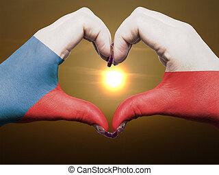 gebaar, gemaakt, door, tsjechische vlag, gekleurde, handen, het tonen, symbool, van, hart, en, liefde, gedurende, zonopkomst