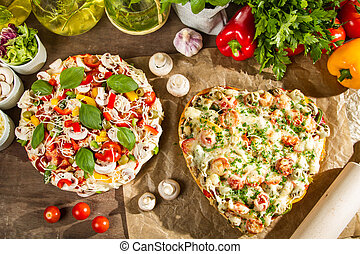 gebacken, heart-shaped, pizza