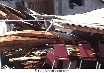 gebouw, damage:, instorting, storm