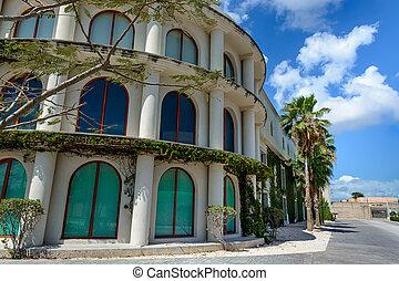 gebouw, ivy., roo., mexico, quintana, groot, overwoekerd, kolommen