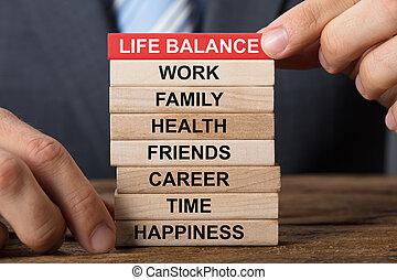 gebouw, leven, concept, blokjes, houten, zakenman, evenwicht