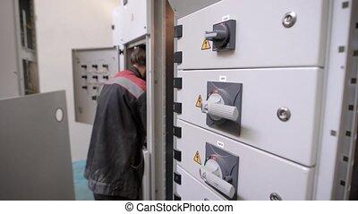 gebouw, verstelt, flat, elektromonteur, elektrisch, elektriciteit, licht, conducteur, professioneel, werken, man