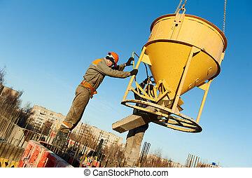 gebouw, werkmannen , gieten, beton, met, vat