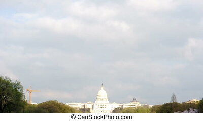 gebouw, wolken, capitool, ons, onder