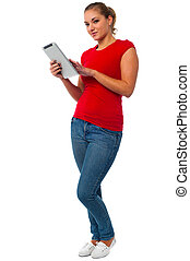 gebrauchend, weibliche , junger, tablette pc