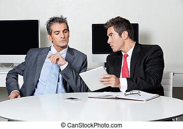 gebruik, bureau, zakenlieden, tablet, digitale