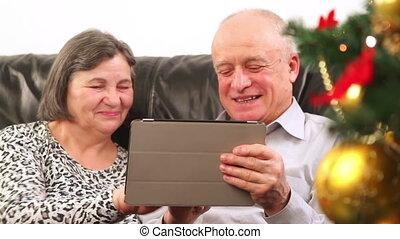 gebruik, senior koppel, tablet, digitale