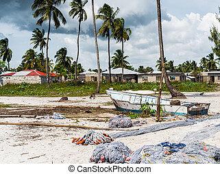 gebruikt, het visen netten, op, een, strand, dichtbij, afrikaan, dorp