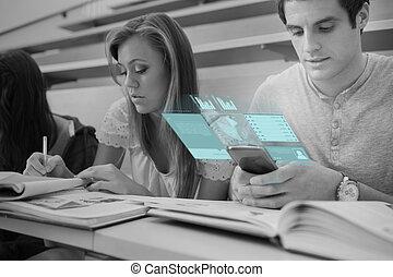 geconcentreerde, college student, werkende