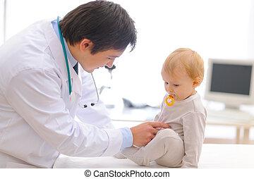 gecontroleerde, arts, wezen, examen, pediatric, baby