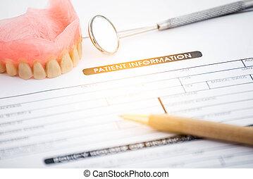 geduldige informatie, vorm, en, kunstgebit, met, dentaal, glas, met, pen