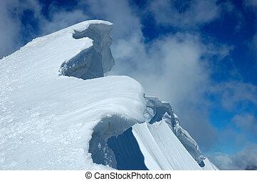 gefrorenes, bergrücken