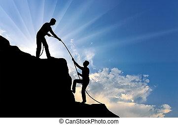 gegooi, bovenzijde, klimmer, koord, persoon, hulp, een ander, klimmen, mannelijke , hem