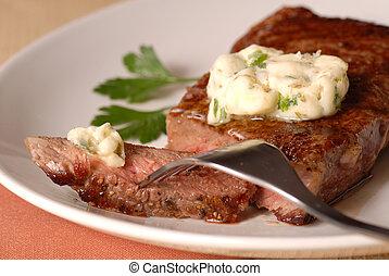 gegrillt, ribeye, steak, mit, a, bernaise, butter