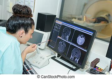 gehirn, checkin, ultraschallaufnahmen, schirm, doktor