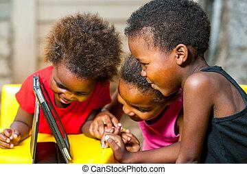 geitjes, tablet., afrikaan, plezier, drietal, hebben