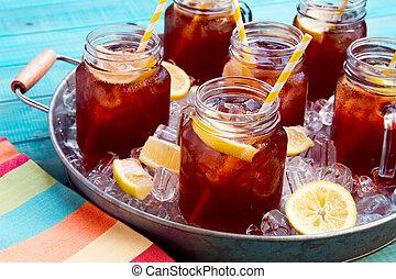 gekoelde theeën, in, ijs, gevulde, blad