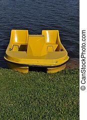gelber , paddeln boot