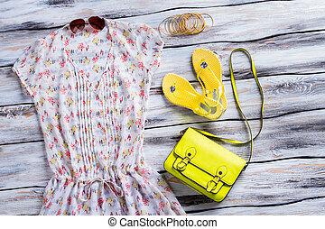 gelber , schlag- plumpsen, und, blouse.