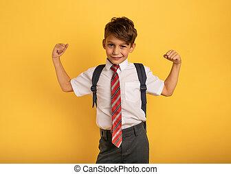 gelber , schueler, junger, taten, mögen, muscled, man., junge, hintergrund