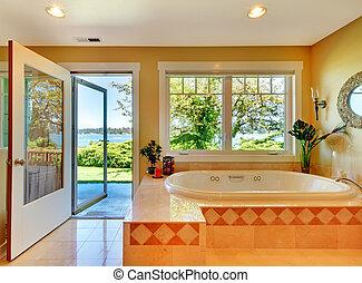 gele badkamer, met, meer, aanzicht, en, groot, tub.