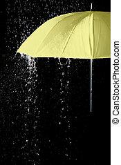 gele paraplu, onder, regendruppels, met, zwarte achtergrond