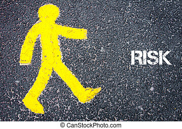 gele, voetganger, figuur, lopen naar, verantwoordelijkheid