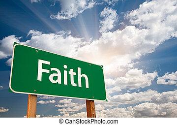 geloof, wolken, op, meldingsbord, groene, straat