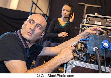 geluid, werkende , opnamestudio, het mengen van paneel, ingenieur