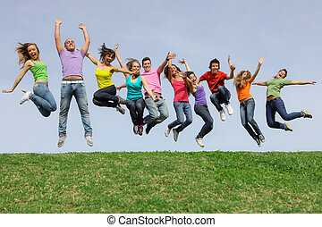 gelukkig glimlachen, anders, gemengde race, groep, springt