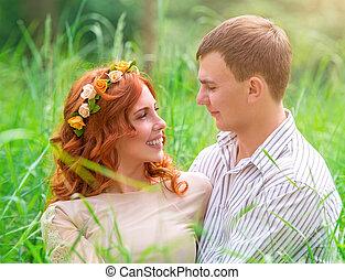gelukkig paar, in het park